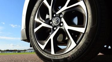 Toyota C-HR - wheel