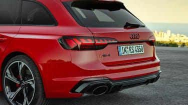 Audi RS 4 Avant - rear light
