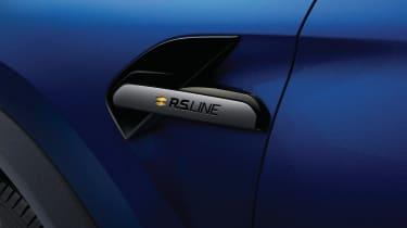 Renault Captur R.S. Line - side badge