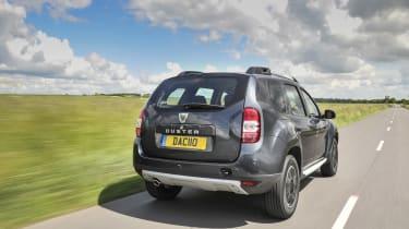 Dacia Duster - rear tracking