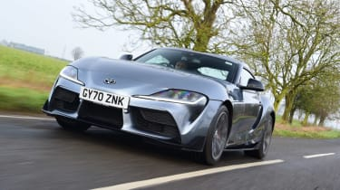 Toyota Supra 2.0 - front tracking