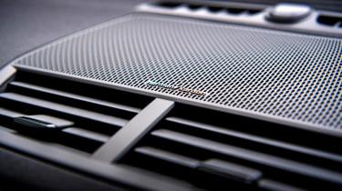 Polestar 2 Standard Range Single Motor - stereo