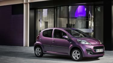 Peugeot 107 - side and front shot