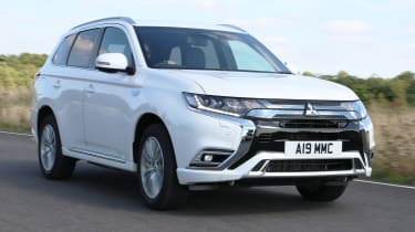 Lead new 2019 Mitsubishi Outlander PHEV