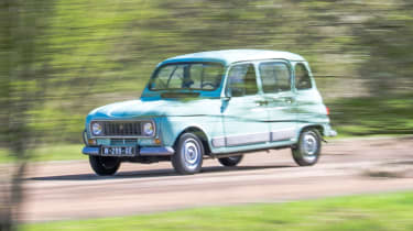 Renault 4 front