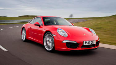 Porsche 911 Carrera S front tracking