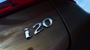 Hyundai i20 - i20 badge