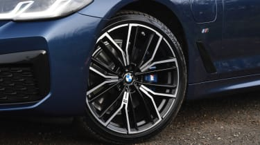 BMW 5 Series - wheel