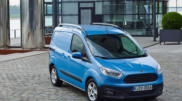 Ford Transit Courier front