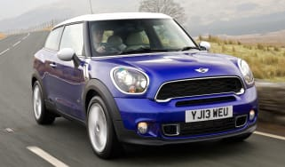 MINI Cooper SD Paceman front tracking