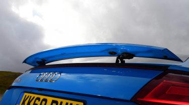 Audi TTS - spoiler