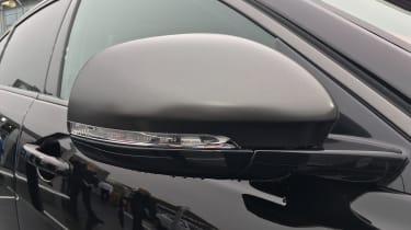 Jaguar XE 300 Sport - mirror