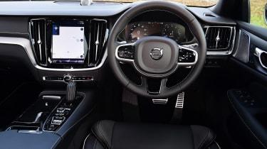 Volvo V60 Polestar Engineered - dash