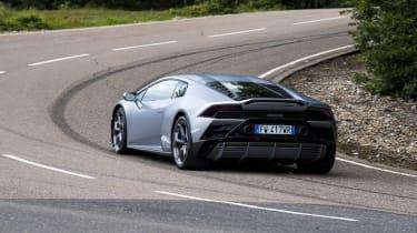 Lamborghini Huracan Evo - cornering