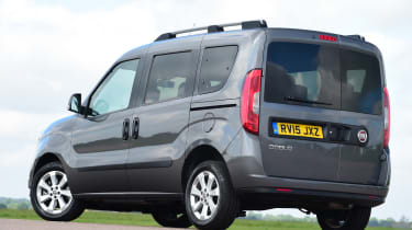Fiat Doblo 2016 - rear quarter