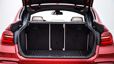 BMW X4 boot