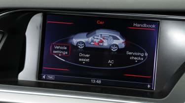 Audi A4 Avant display