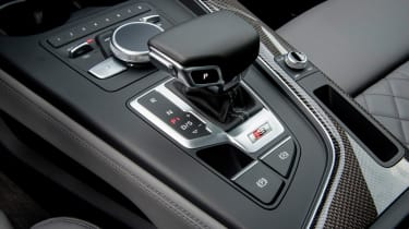 Audi S4 Avant 2016 - gearlever