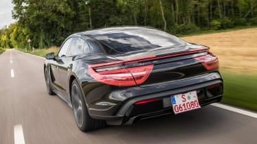 Porsche Taycan - rear tracking