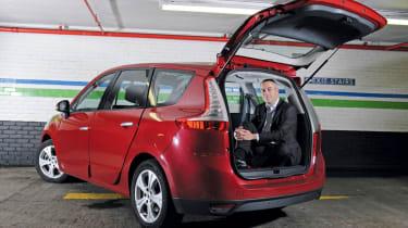 Renault Grand Scenic header