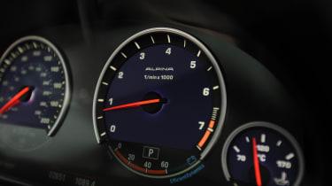 Alpina B6 Turbo dials