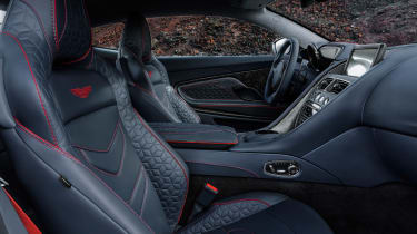 Aston Martin DBS Superleggera - seats