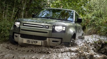 Land Rover Defender P400e PHEV - front action