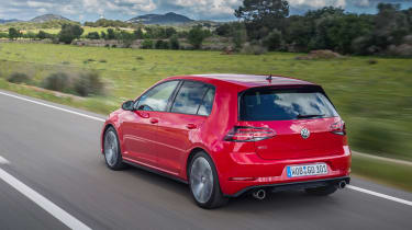 Volkswagen Golf GTI Performance Pack 2017  rear