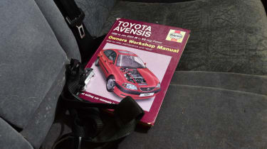 Used Toyota Avensis Haynes manual