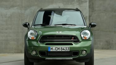 MINI Countryman static front