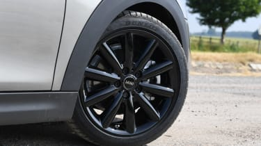 MINI Cooper S Convertible - wheel