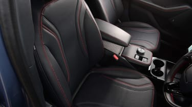 Ford Mustang Mach-E Extended Range AWD - front seats