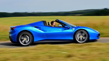 Ferrari 488 Spider - side