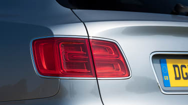 Bentley Bentayga V8 - Rearlight