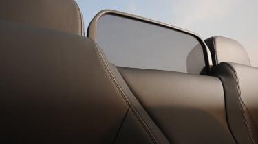 Mercedes E400 Cabriolet wind deflector