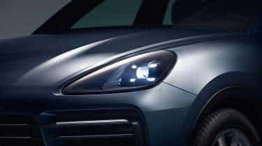 Porsche Cayenne - front light