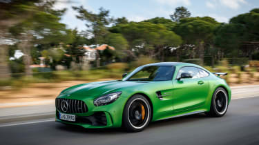Mercedes-AMG GT R - road front tracking