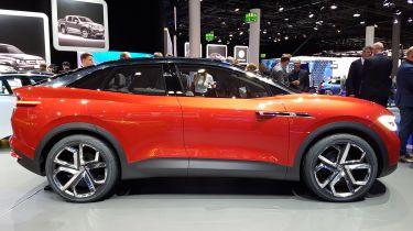Volkswagen I.D. Crozz II - show side