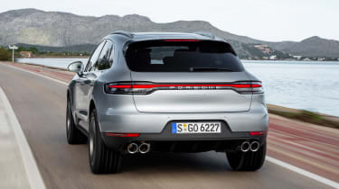 Porsche Macan S - rear tracking