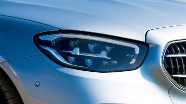 Mercedes E 220d Sport - front light