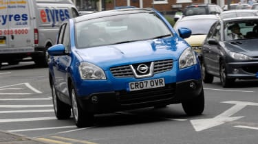 Best cars for under £3,000 - Nissan Qashqai