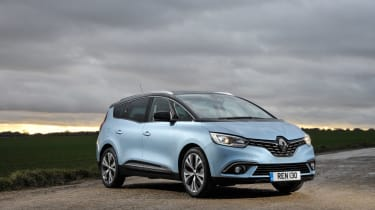 Renault Scenic and Grand Scenic Hybrid Assist - 11