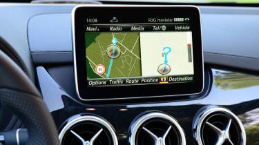 Mercedes B220 CDI 4MATIC Sport - screen