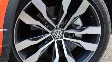 Used Volkswagen T-Roc - wheel
