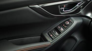 Subaru XV - door controls