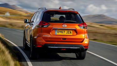 Nissan X-Trail - rear tracking