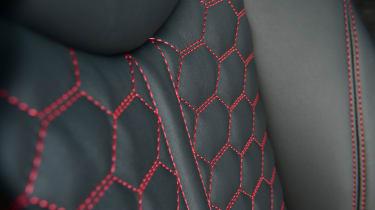Audi TT RS -  seat