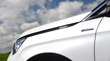 Peugeot 5008 - side detail