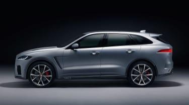 Jaguar F-Pace SVR - side studio
