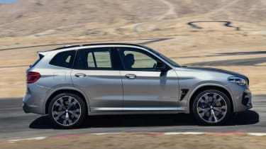 BMW X3M - side tracking